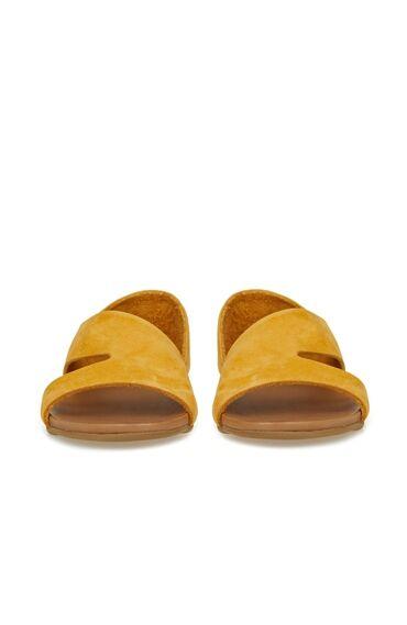 Hardal Bant Detaylı Kadın Deri Sandalet