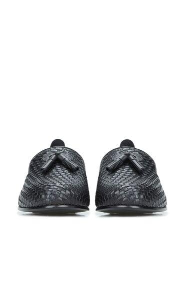 Siyah Püsküllü Kadın Deri Loafer