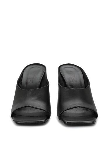 Siyah Kadın Topuklu Terlik