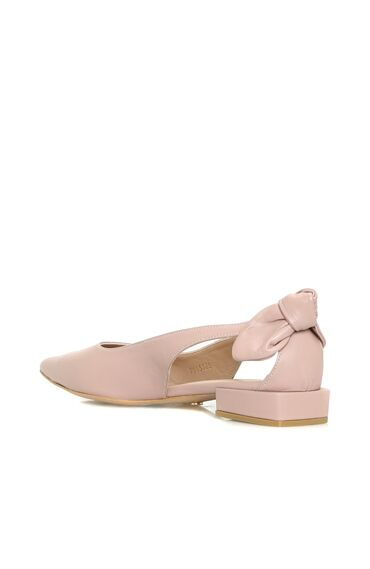 Fiyonk Detaylı Kadın Ayakkabı