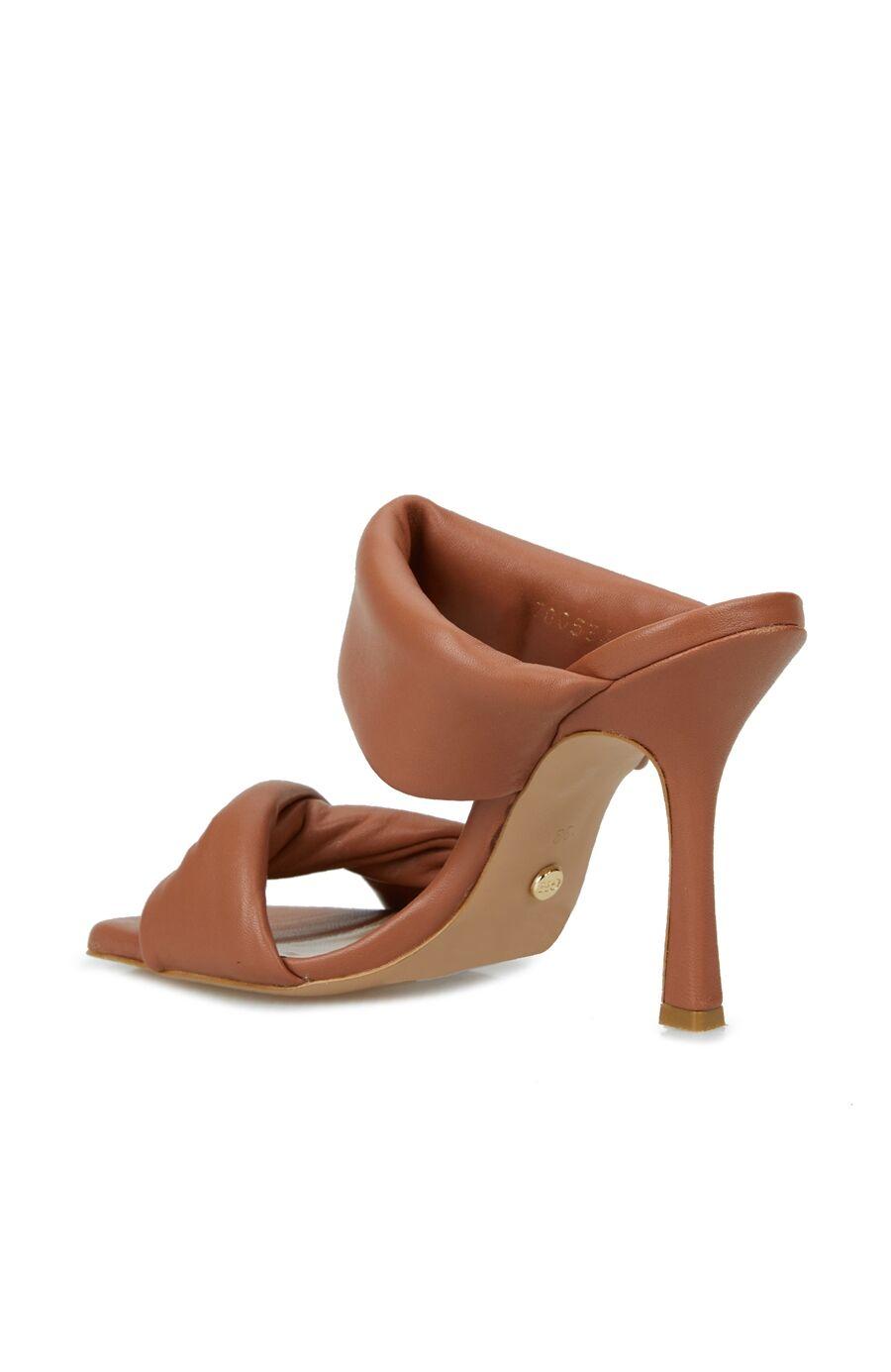 Taba Çift Bantlı Kadın Topuklu Ayakkabı