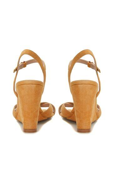 Hardal Kadın Süet Sandalet