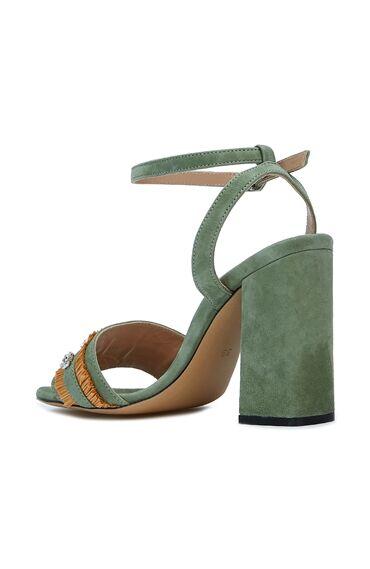 Su Yeşili Aksesuar Detaylı Kadın Süet Sandalet