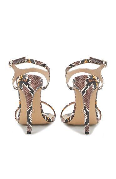 Kadın Yılan Desenli Topuk Ayakkabı