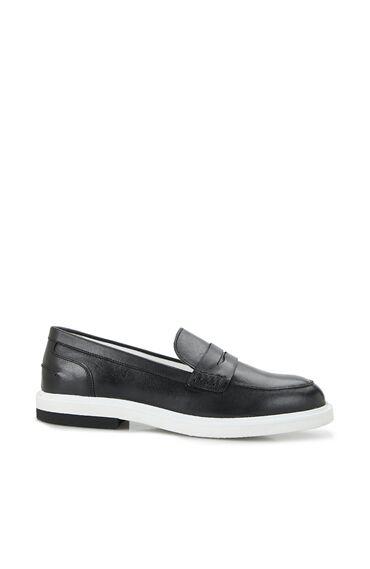 Kadın Siyah Bant Detaylı Ayakkabı