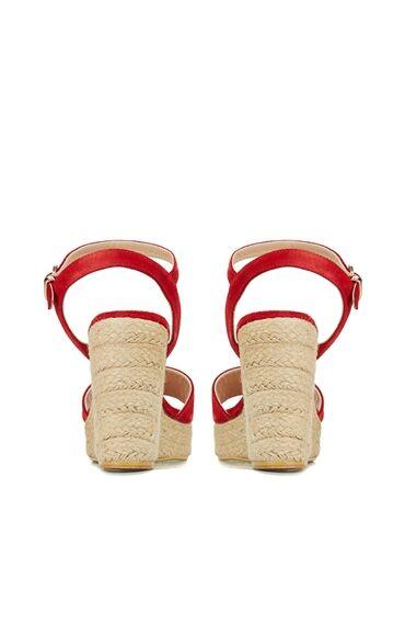 Kırmızı Bantlı Kadın Sandalet