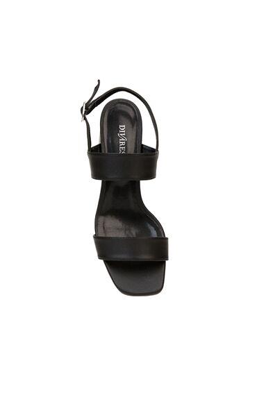 Siyah Toka Detaylı Kadın Sandalet