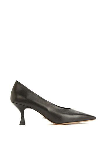 Siyah Deri Topuklu Kadın Ayakkabı