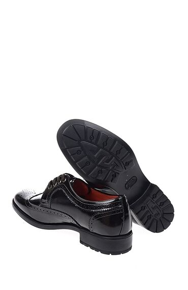 Zımba Desenli Kahverengi Ayakkabı